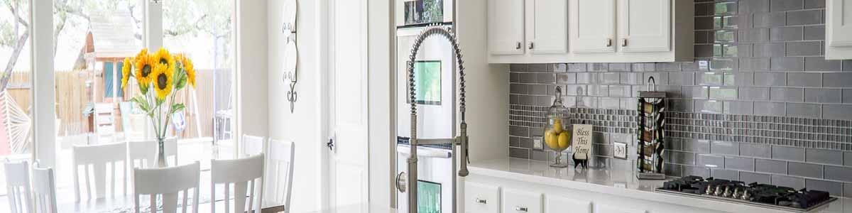 Ett flyttstädat kök måste vara 100% rent och fräscht.