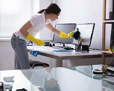 Städat på jobbet kontorsstädning